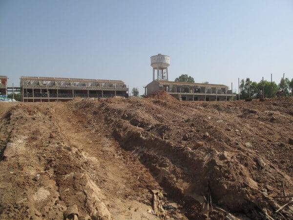 somone plage hotel en construction